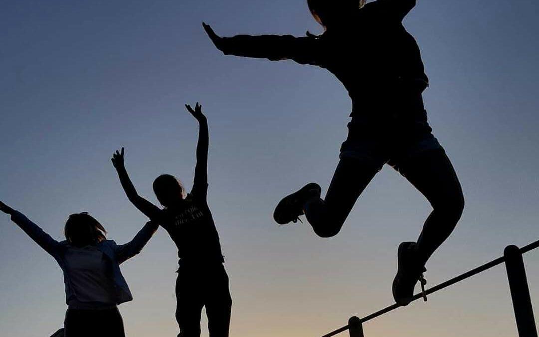 Hoe help je je kind om vrij en vrolijk te leven?